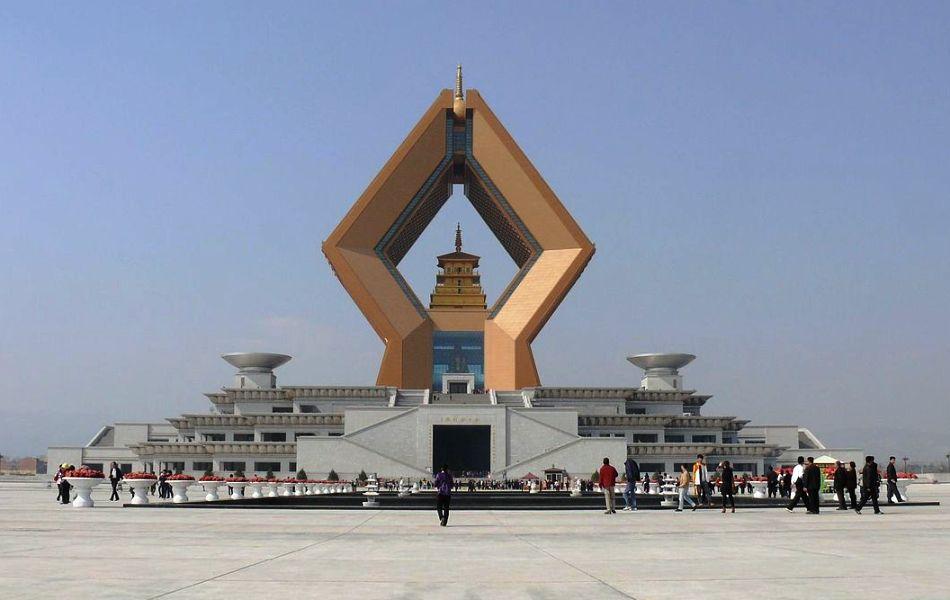 Qinlingshan Famensi Temple HSI 07